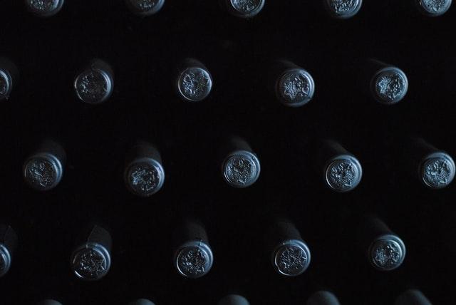 Organiser une cave à vin